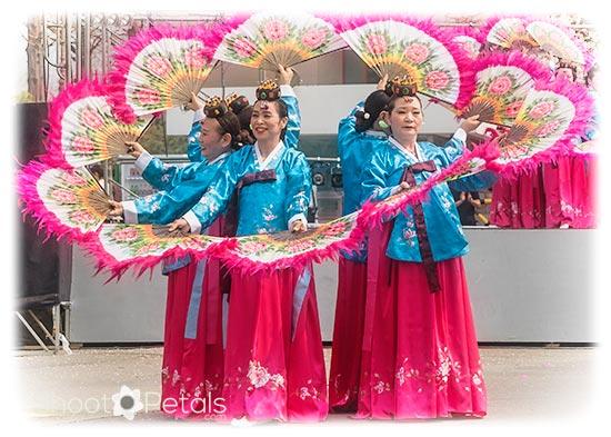 South Korean traditional fan dancers